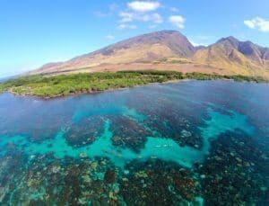 olowalu reef - clear waters for scuba